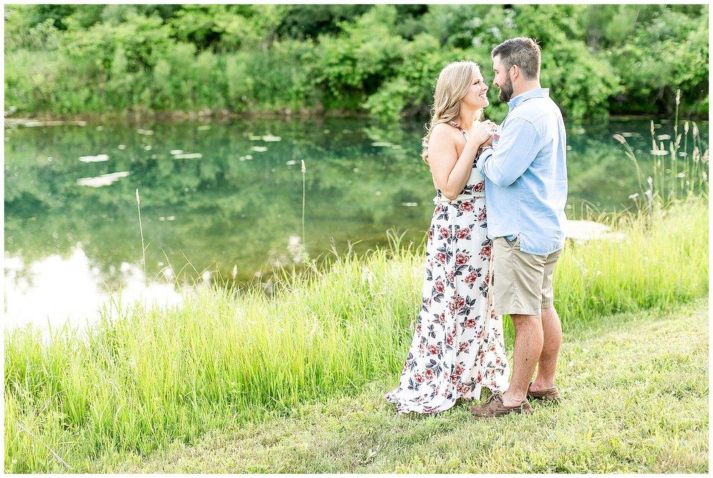 Madison_wisconsin_wedding_photographers_rustic_summer_engagement_session_0198.jpg