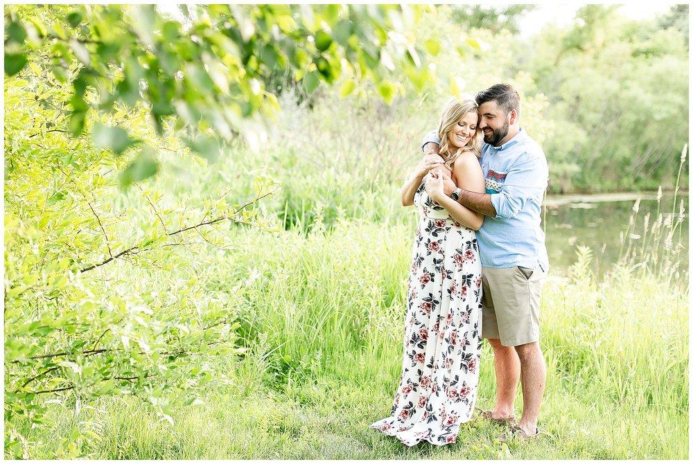 Madison_wisconsin_wedding_photographers_rustic_summer_engagement_session_0206.jpg