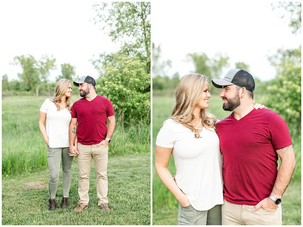 Madison_wisconsin_wedding_photographers_rustic_summer_engagement_session_0219.jpg