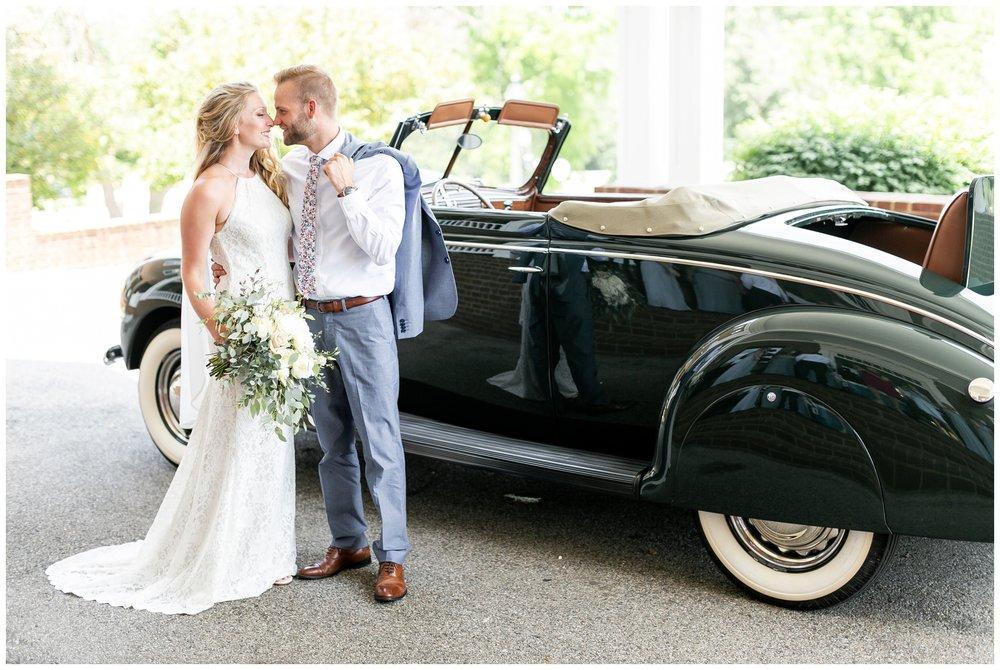 the_cupola_barn_wedding_delafield_resort_oconomowoc_wisconsin_0362.jpg