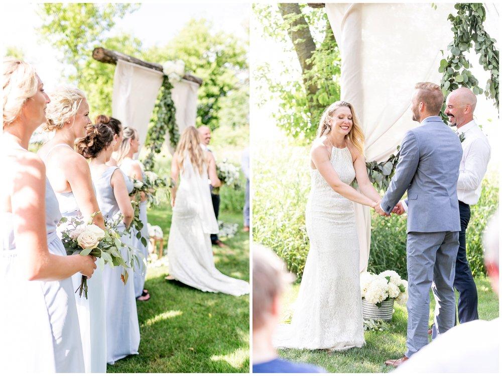 the_cupola_barn_wedding_delafield_resort_oconomowoc_wisconsin_0386.jpg
