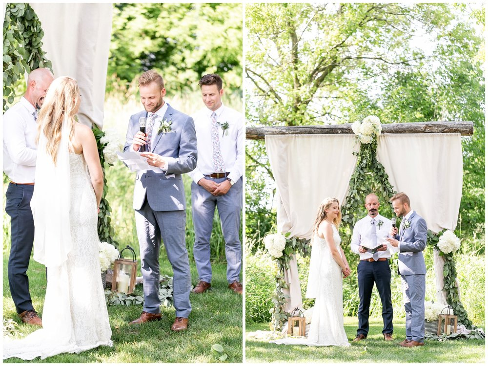 the_cupola_barn_wedding_delafield_resort_oconomowoc_wisconsin_0389.jpg