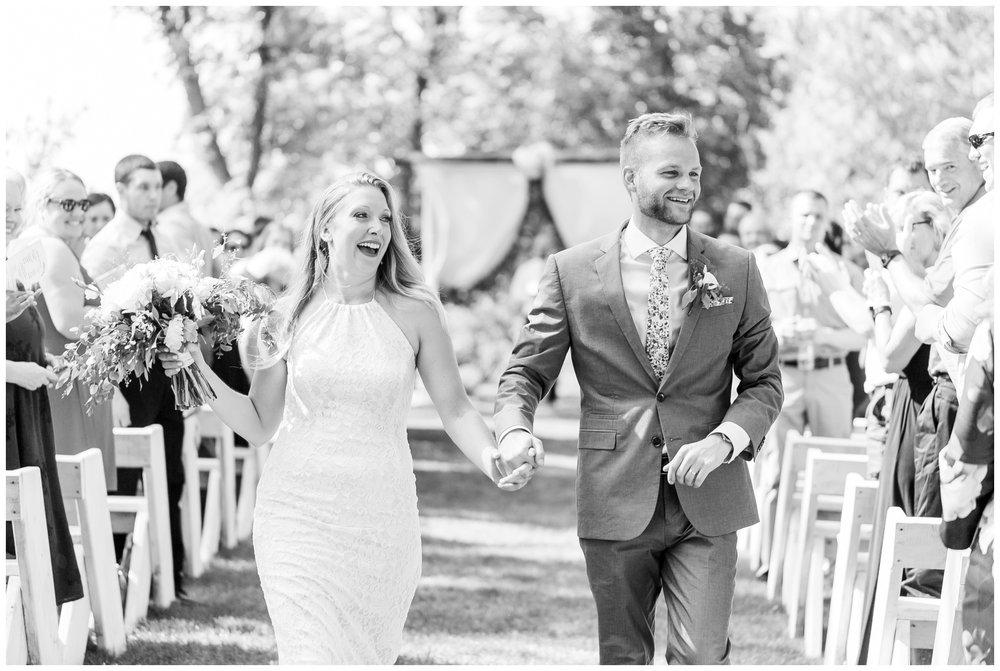 the_cupola_barn_wedding_delafield_resort_oconomowoc_wisconsin_0392.jpg
