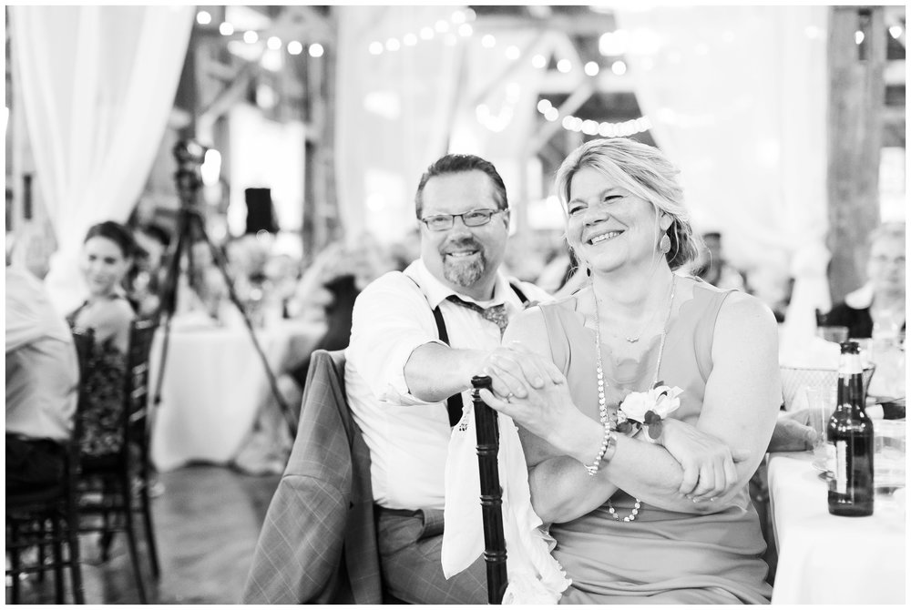 the_cupola_barn_wedding_delafield_resort_oconomowoc_wisconsin_0398.jpg
