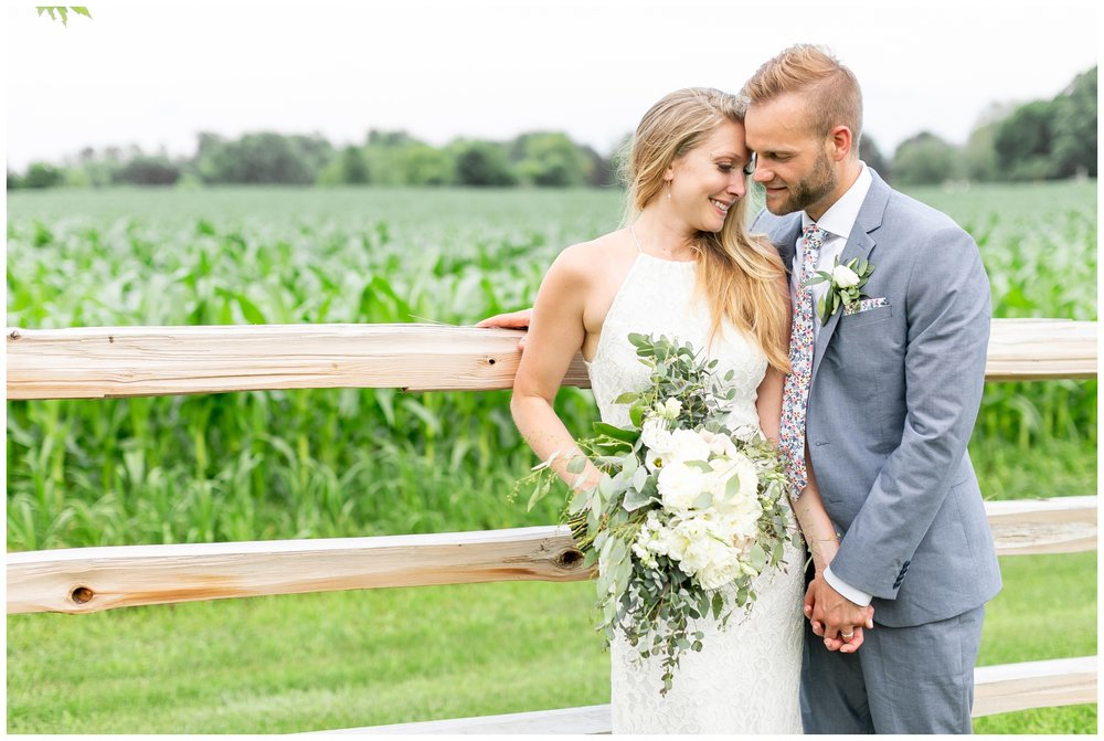 the_cupola_barn_wedding_delafield_resort_oconomowoc_wisconsin_0402.jpg