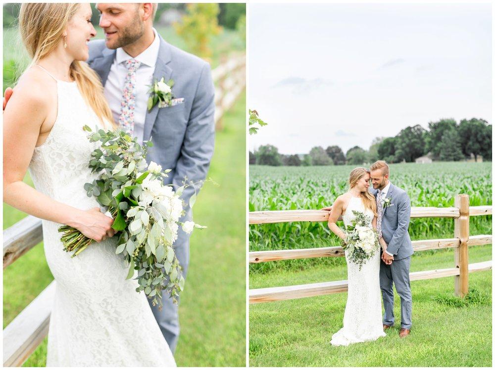 the_cupola_barn_wedding_delafield_resort_oconomowoc_wisconsin_0403.jpg