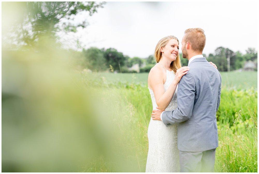 the_cupola_barn_wedding_delafield_resort_oconomowoc_wisconsin_0411.jpg