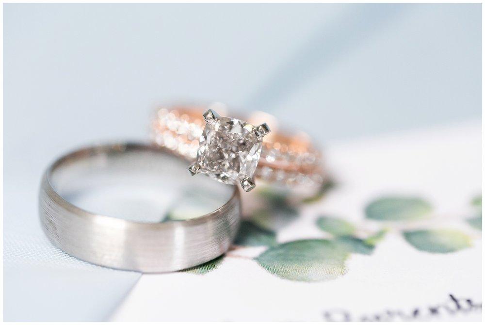 the_cupola_barn_wedding_delafield_resort_oconomowoc_wisconsin_0336.jpg