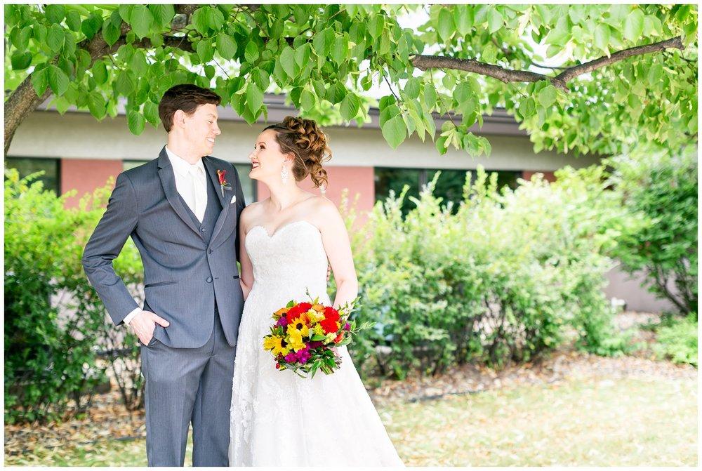 lake_windsor_country_club_wedding_liz_and_scott_0700.jpg
