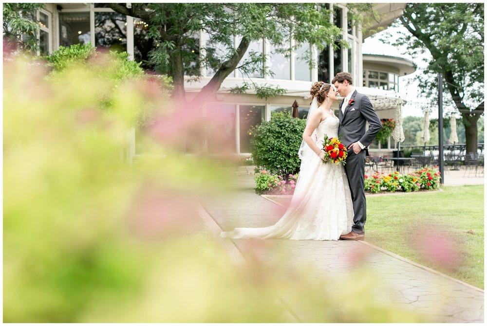 lake_windsor_country_club_wedding_liz_and_scott_0725.jpg