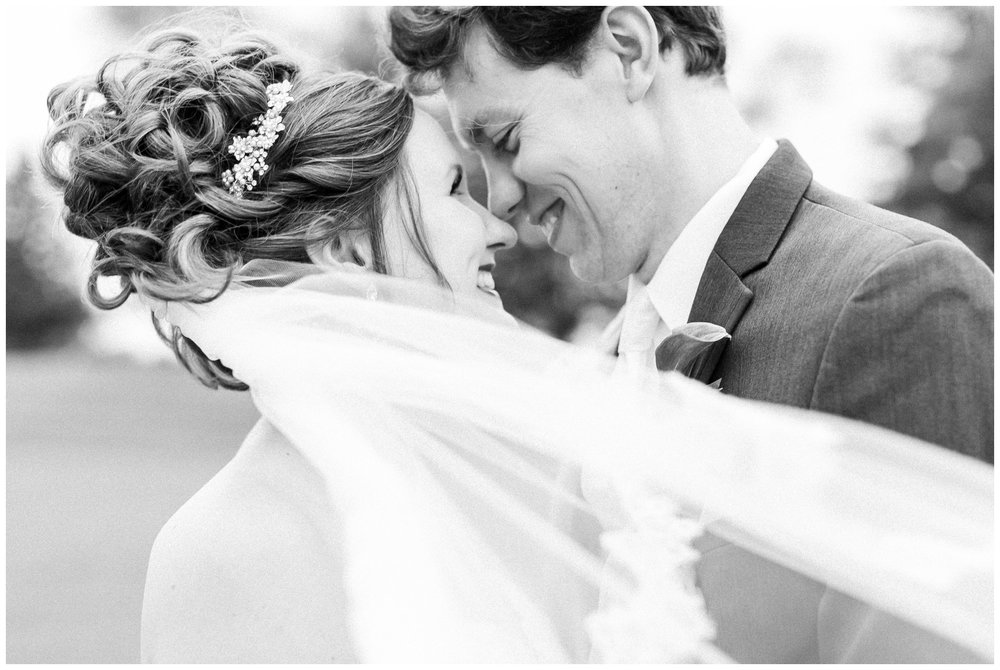 lake_windsor_country_club_wedding_liz_and_scott_0740.jpg