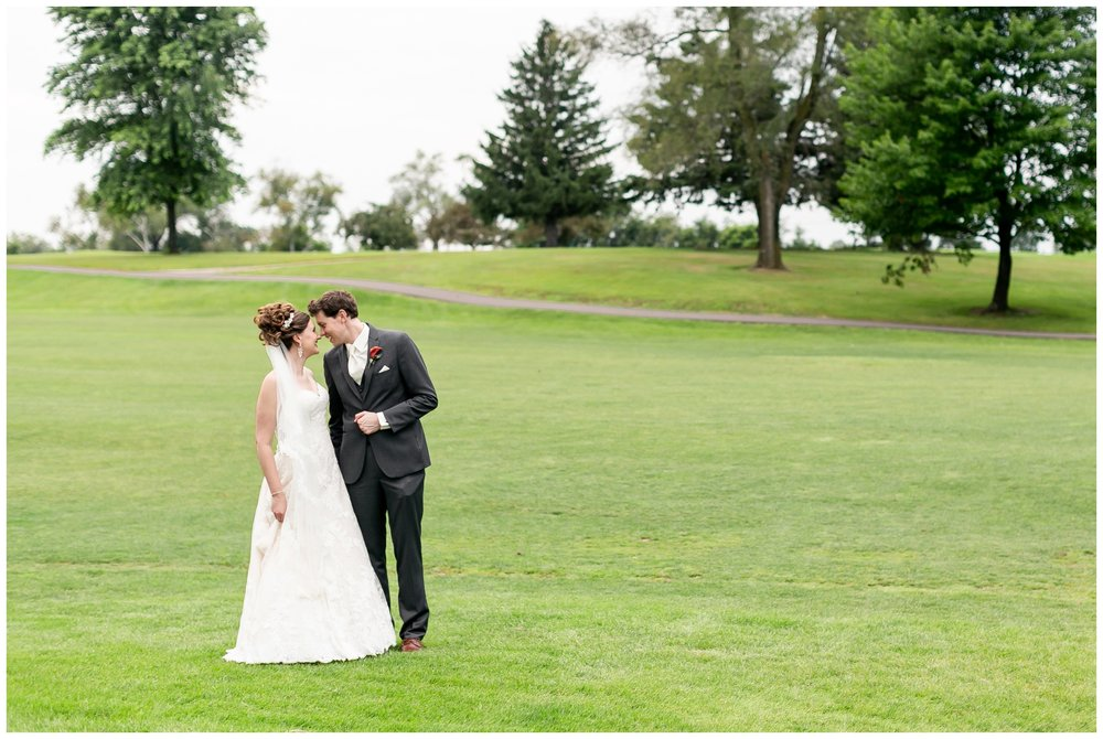 lake_windsor_country_club_wedding_liz_and_scott_0747.jpg