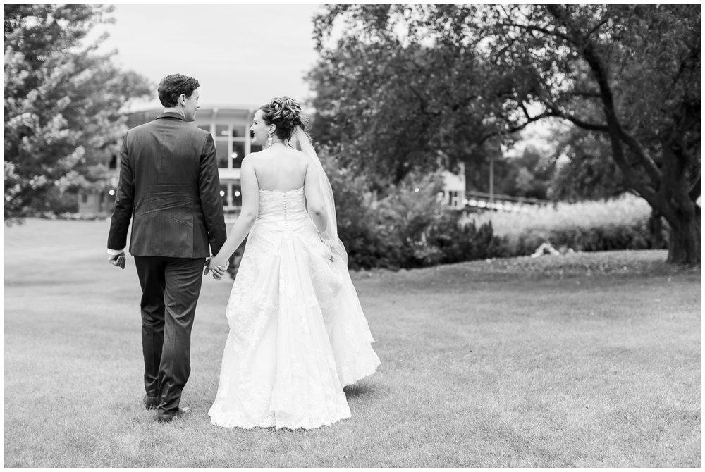 lake_windsor_country_club_wedding_liz_and_scott_0748.jpg