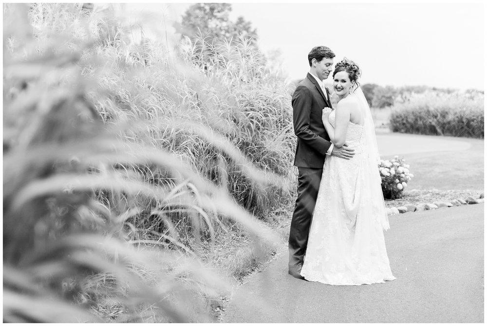 lake_windsor_country_club_wedding_liz_and_scott_0756.jpg