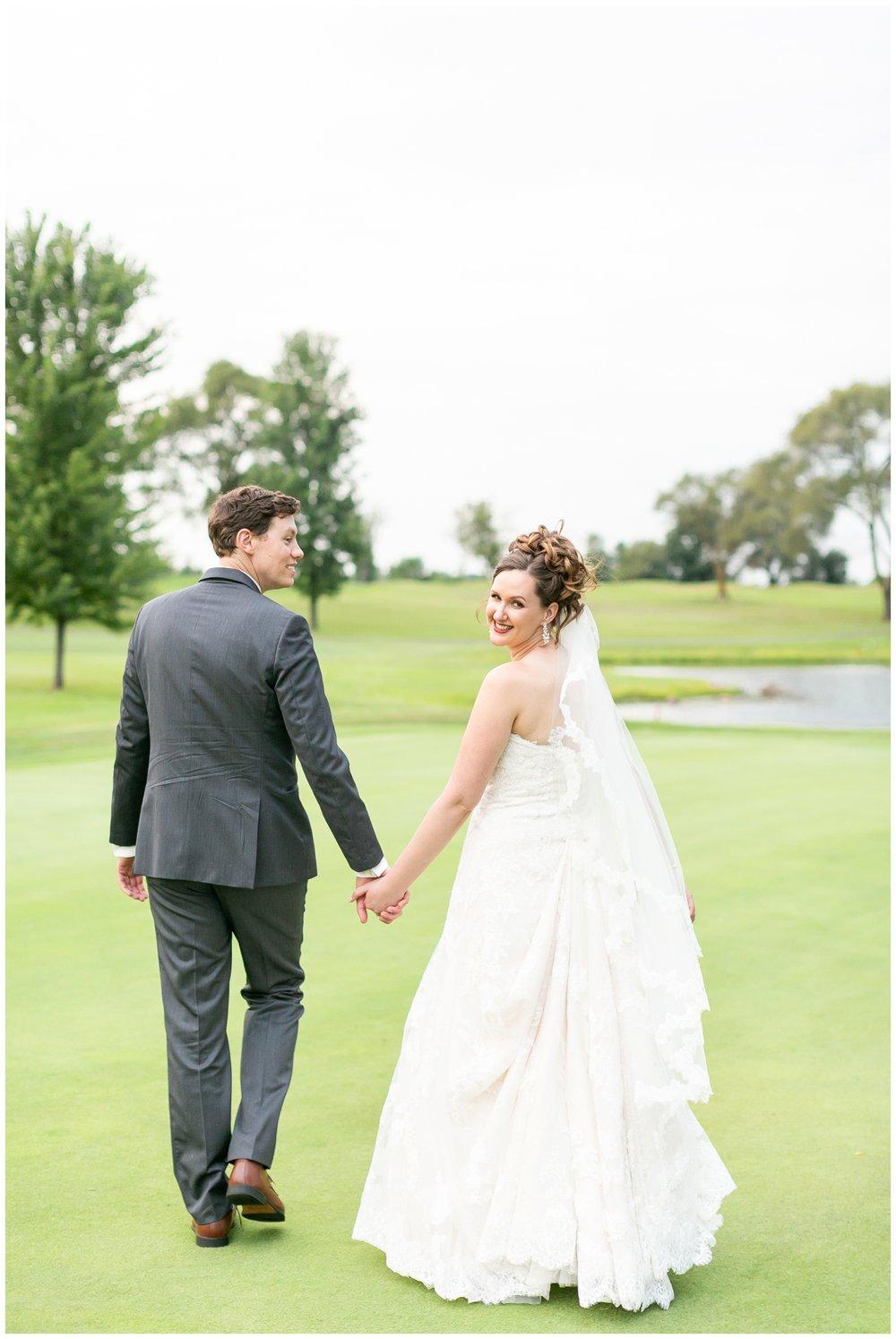 lake_windsor_country_club_wedding_liz_and_scott_0757.jpg