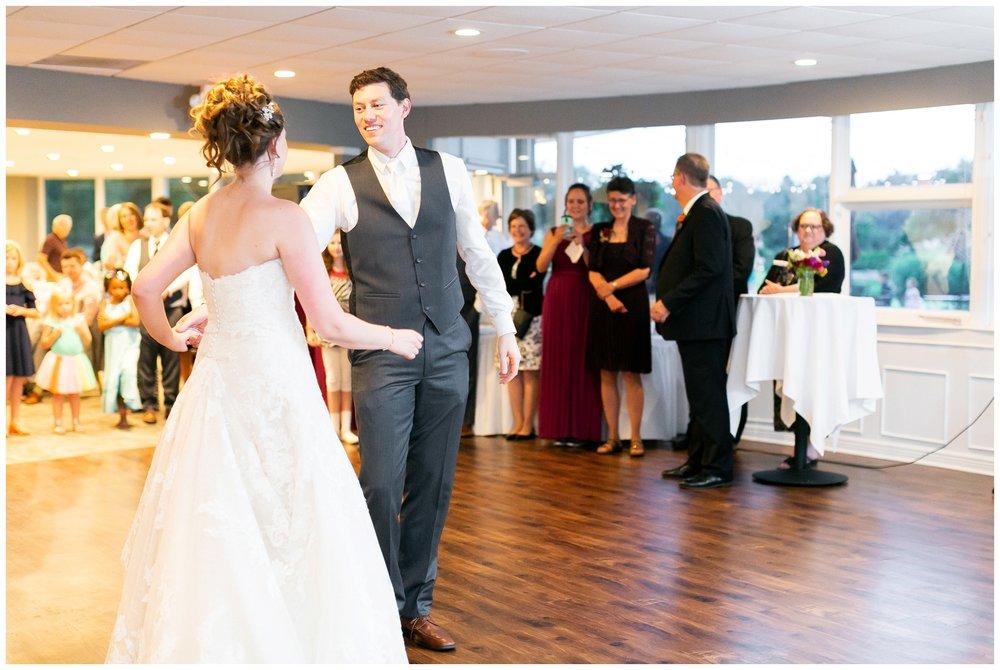 lake_windsor_country_club_wedding_liz_and_scott_0761.jpg