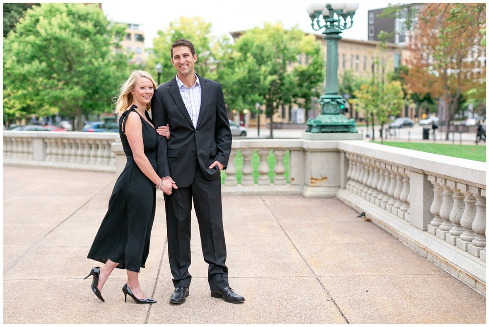 Downtown_madison_wisconsin_engagement_session_1494.jpg