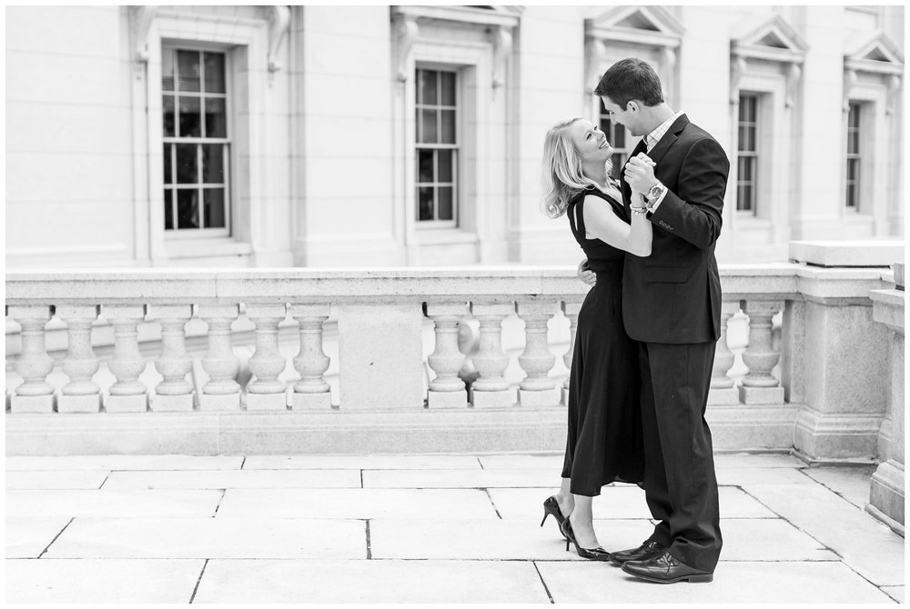 Downtown_madison_wisconsin_engagement_session_1503.jpg