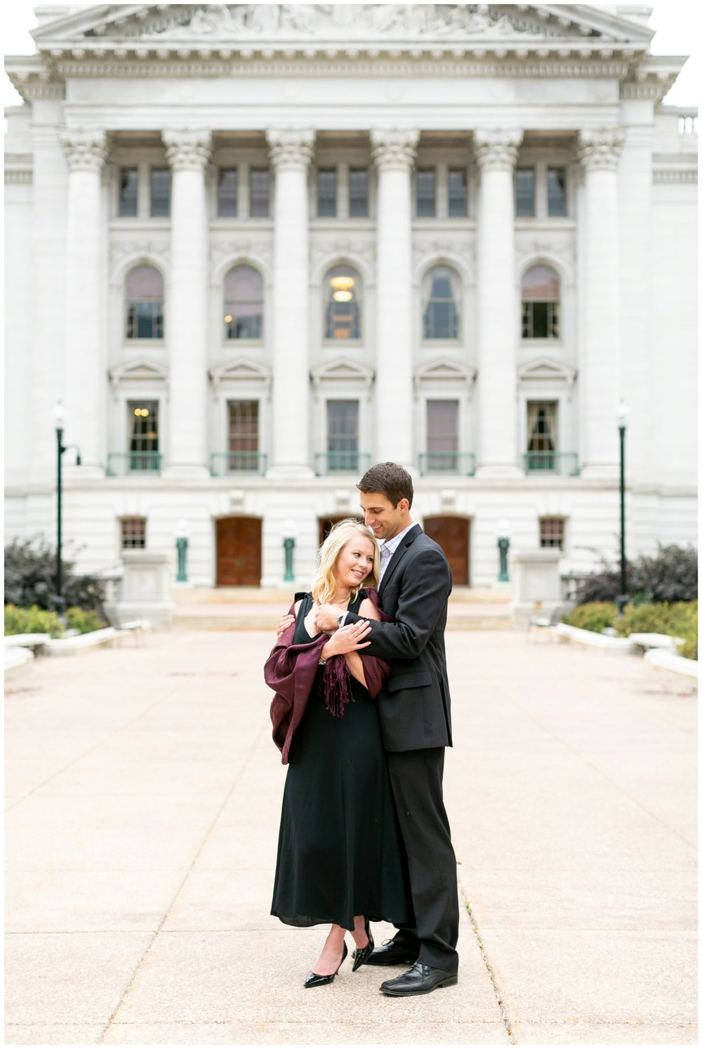 Downtown_madison_wisconsin_engagement_session_1507.jpg