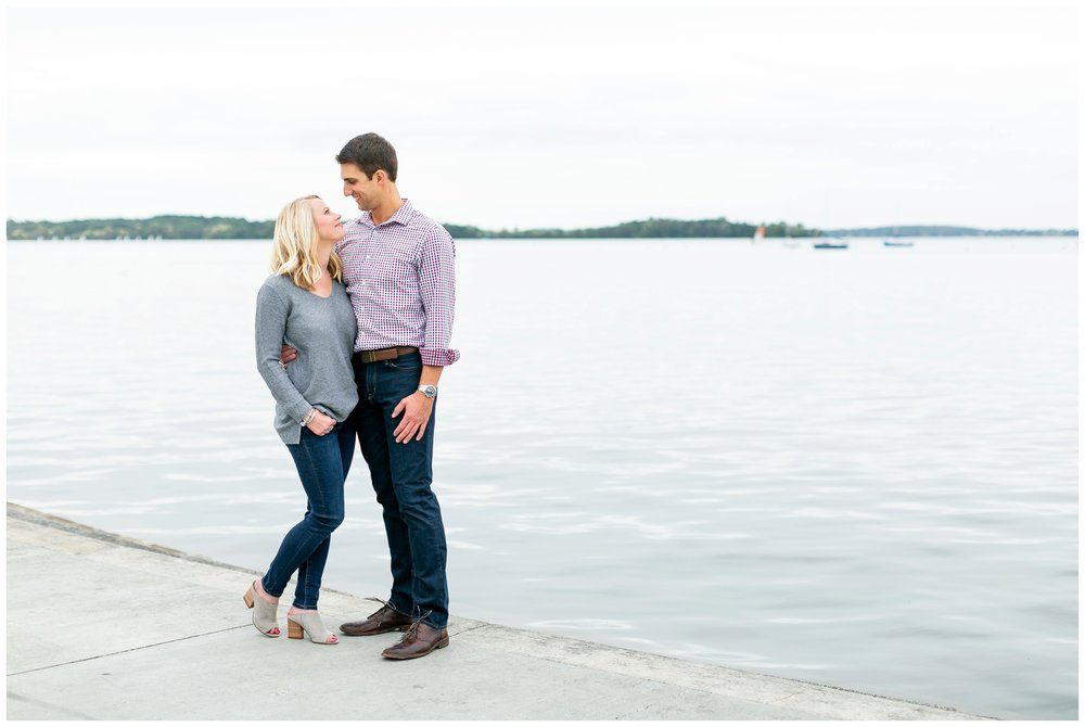 Downtown_madison_wisconsin_engagement_session_1509.jpg
