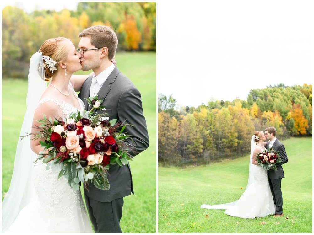 fall_wedding_pullmans_trolley_resturant_kimberly_wisconsin_1716.jpg