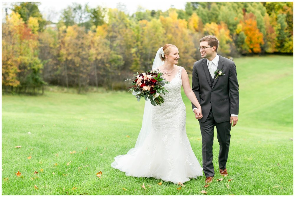 fall_wedding_pullmans_trolley_resturant_kimberly_wisconsin_1723.jpg