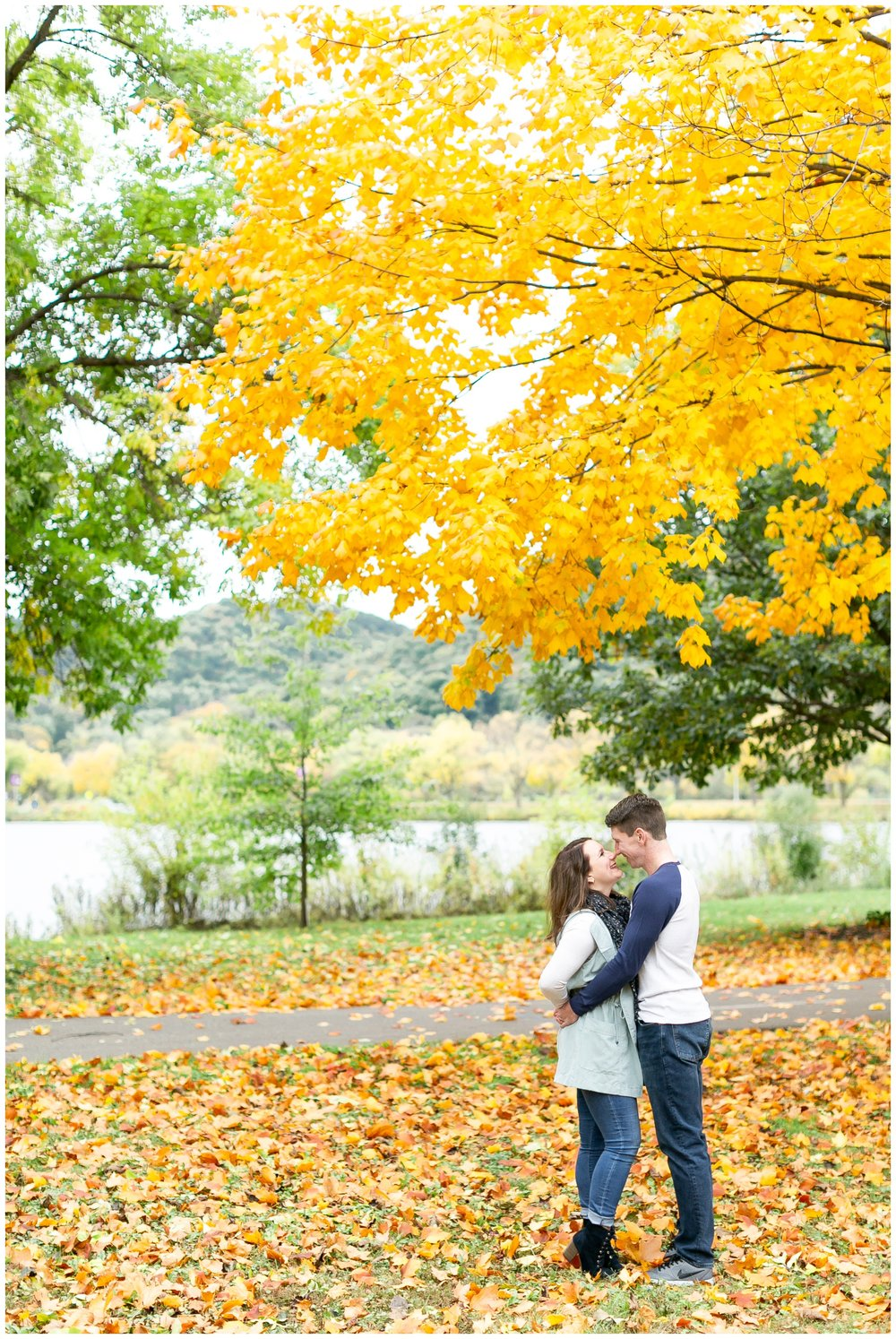 autumn_engagement_session_winona_minnesota_caynay_photo_1780.jpg