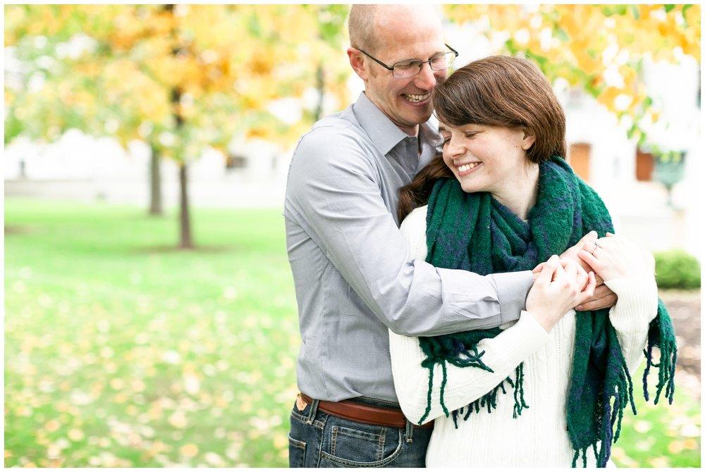 autumn_engagement_session_madison_wisconsin_wedding_photographers_1856.jpg