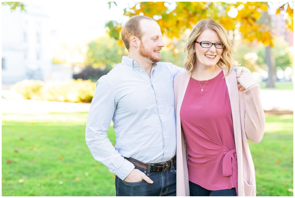 downtown_madison_engagement_session_caynay_photo_2003.jpg