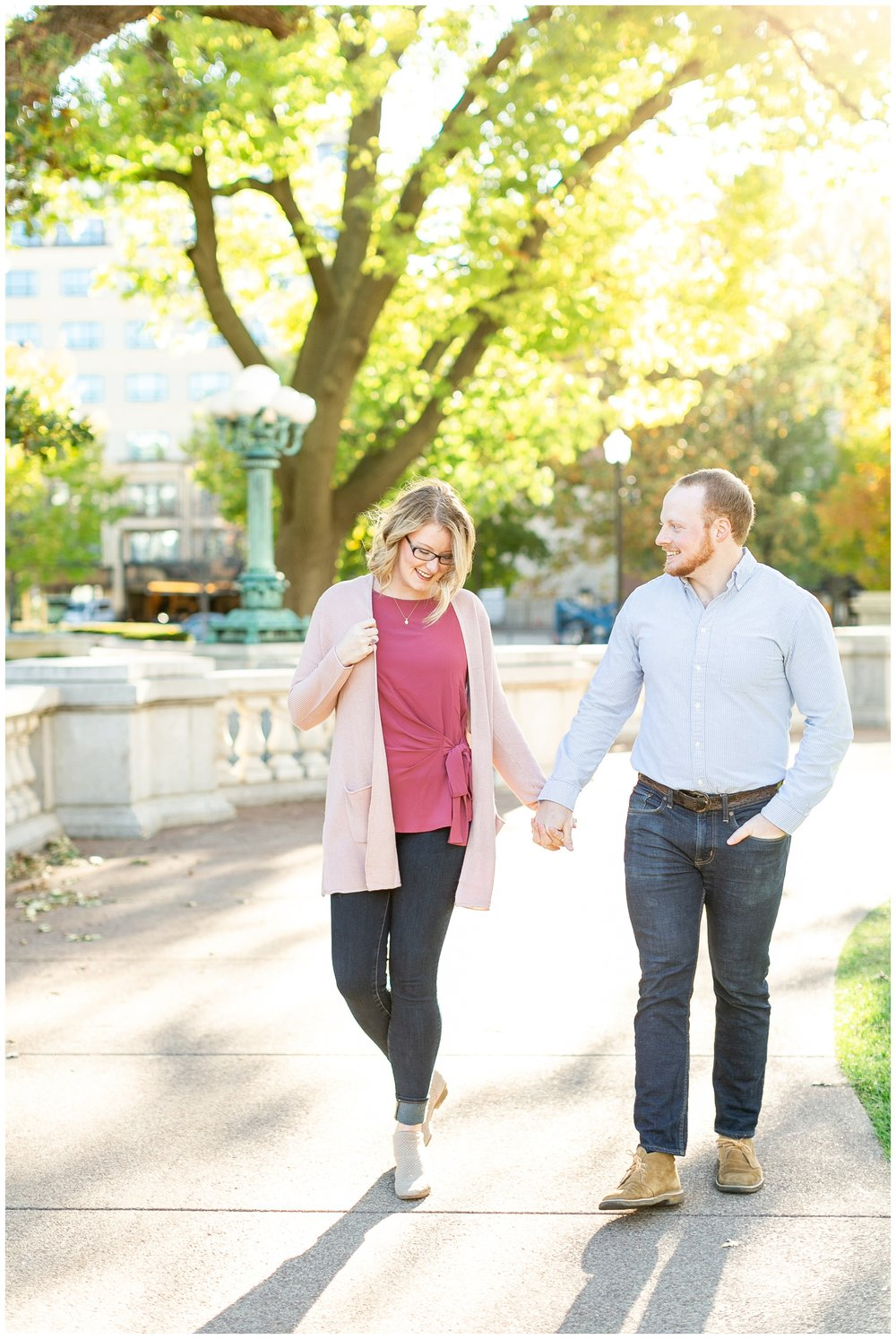 downtown_madison_engagement_session_caynay_photo_2010.jpg