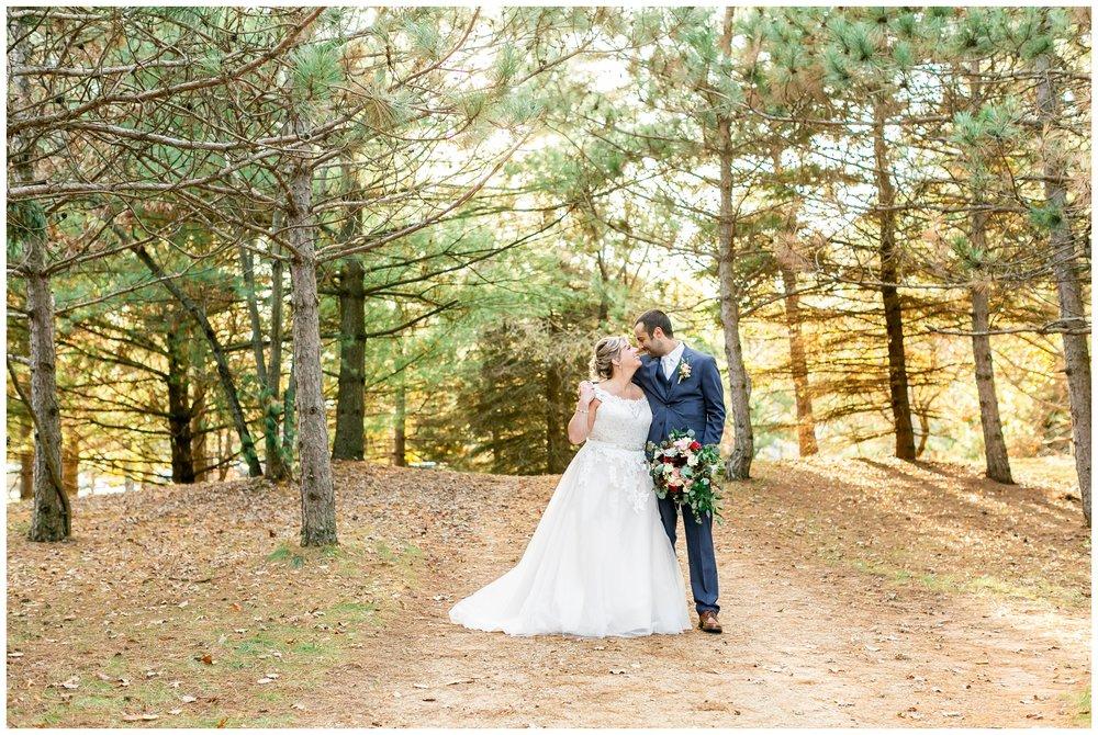 Shawano_County_park_Wedding_Caynay_Photo_Madison_Wi_2322.jpg