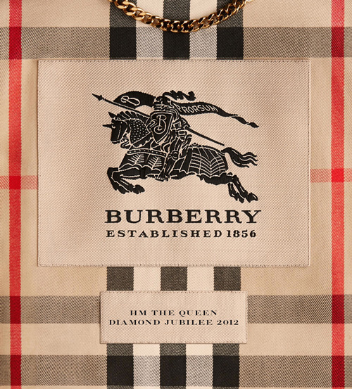 BURBERRY_QUEENS-LABEL_THUMBNAIL.jpg