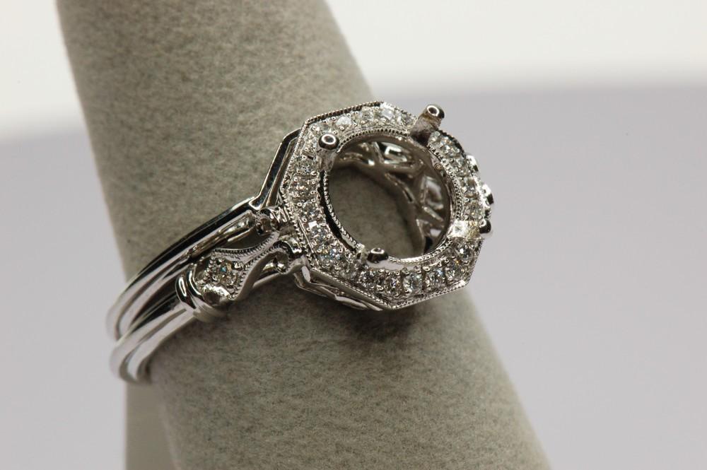 Antique Style Wedding Set Diamond Brokerage Jewelry Store