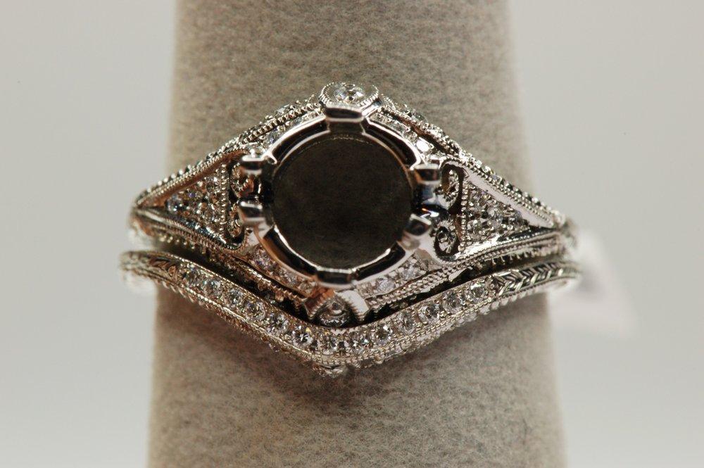 Platinum Antique Style Wedding Set Diamond Brokerage Jewelry