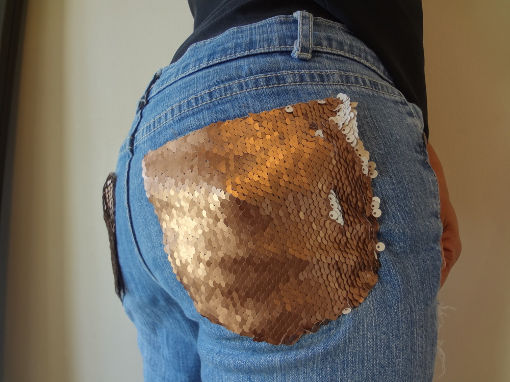 Andrea-Fenise-Sequin-Pocket-Jeans