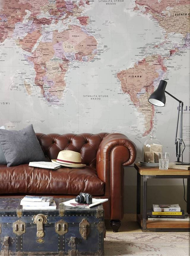 Andrea-Fenise-Decorating-With-Maps