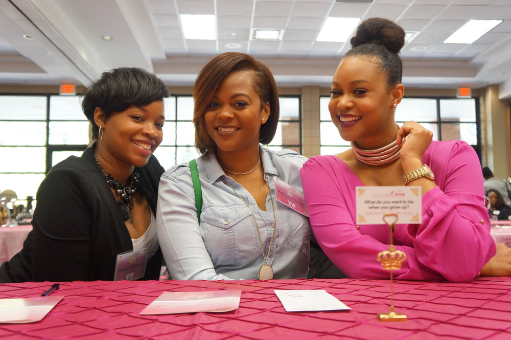 Chante Nichelle hairstylist and Design Essentials Educator & Adrienne Small, hairstylist and founder of Beyond the Chair