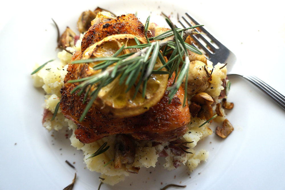 Andrea Fenise Memphis Fashion Blogger shares Lemon Pepper Rosemary Garlic Mashed Potato Bowl