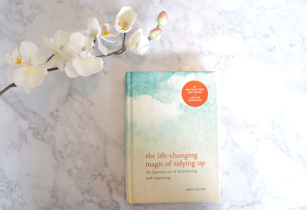Andrea Fenise Memphis Fashion Blogger reviews Marie Kondo's The Life Changing Magic of TIdying Up