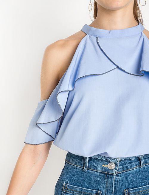 Andrea Fenise Memphis Fashion Blogger shares cold shoulder trend inspiration