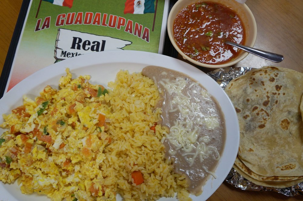 Andrea Fenise Memphis Fashion Blogger reviews La Guadalupana Restaurant