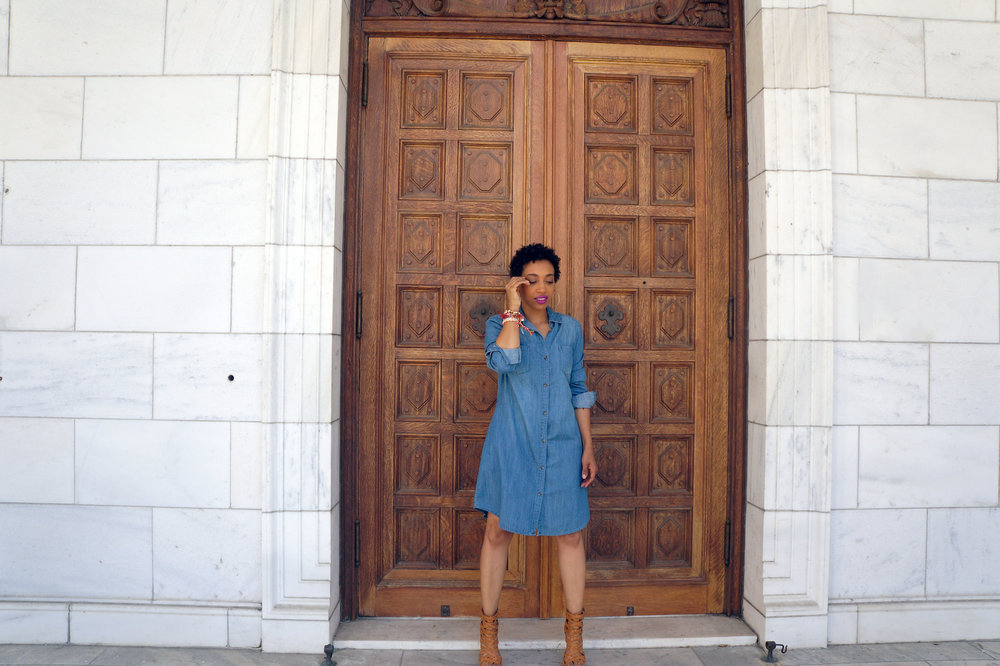 Andrea Fenise Memphis Fashion Blogger styles a denim shirt dress