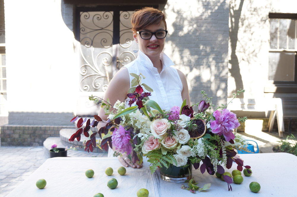 Andrea Fenise Memphis Fashion Blogger shares a last minute DIY Mothers Day Floral Arrangement