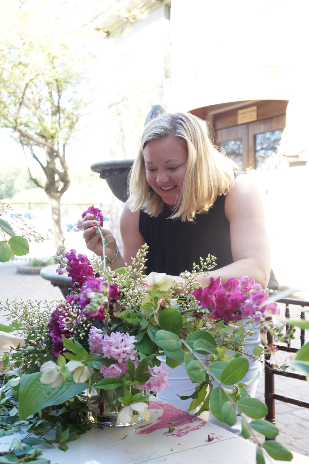 Andrea Fenise Memphis Fashion Blogger shares how to make a diy floral arrangement for mother's day