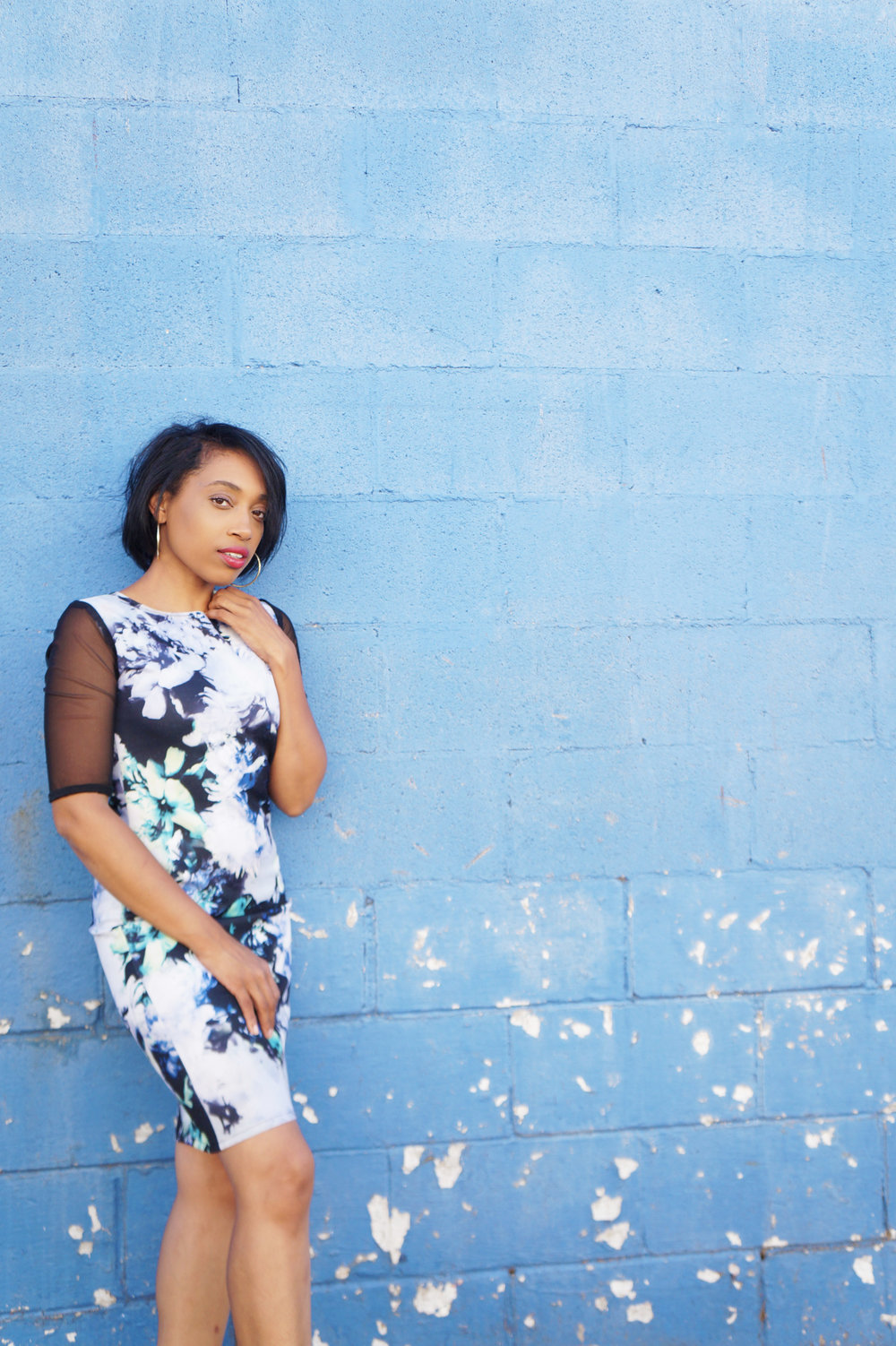 Andrea Feycon dress nise Memphis Fashion Blogger shares blue and black floral mesh bod