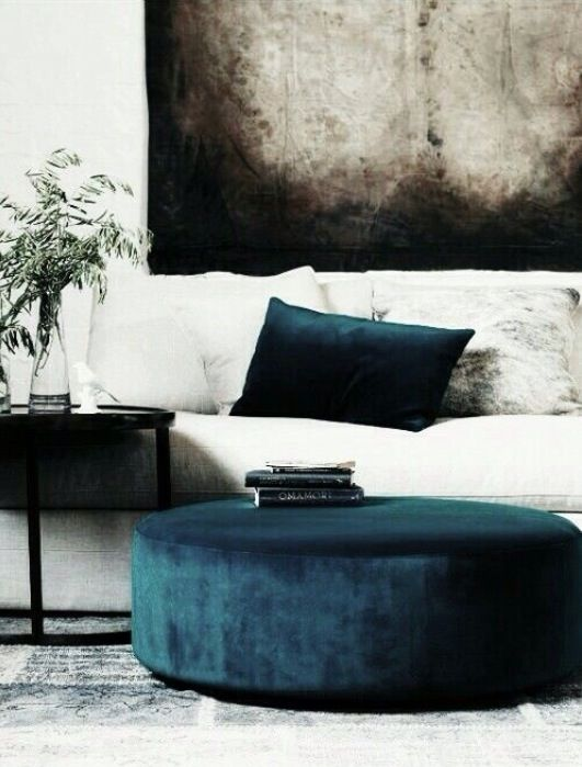 Andrea Fenise Memphis Fashion Blogger shares velvet decor trends