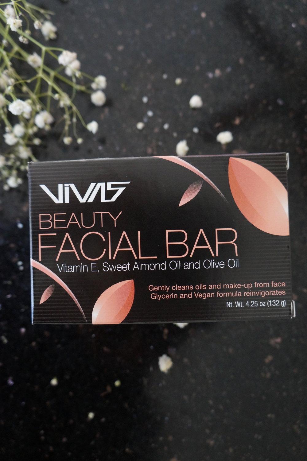 Andrea Fenise Memphis Fashion Blogger and Memphis Beauty Blogger reviews VIVA Facial Bar by Ampro