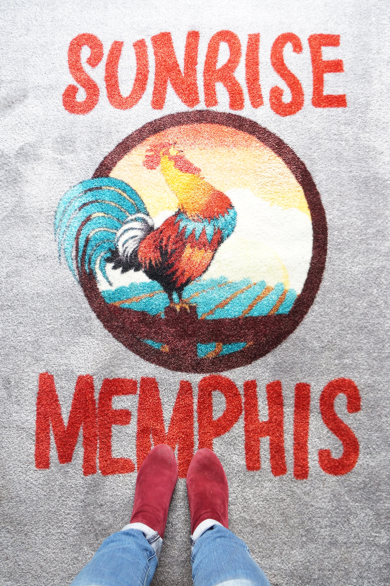 Andrea Fenise Memphis Fashion Blogger and Memphis Food Blogger reviews Sunrise Memphis for breakfast