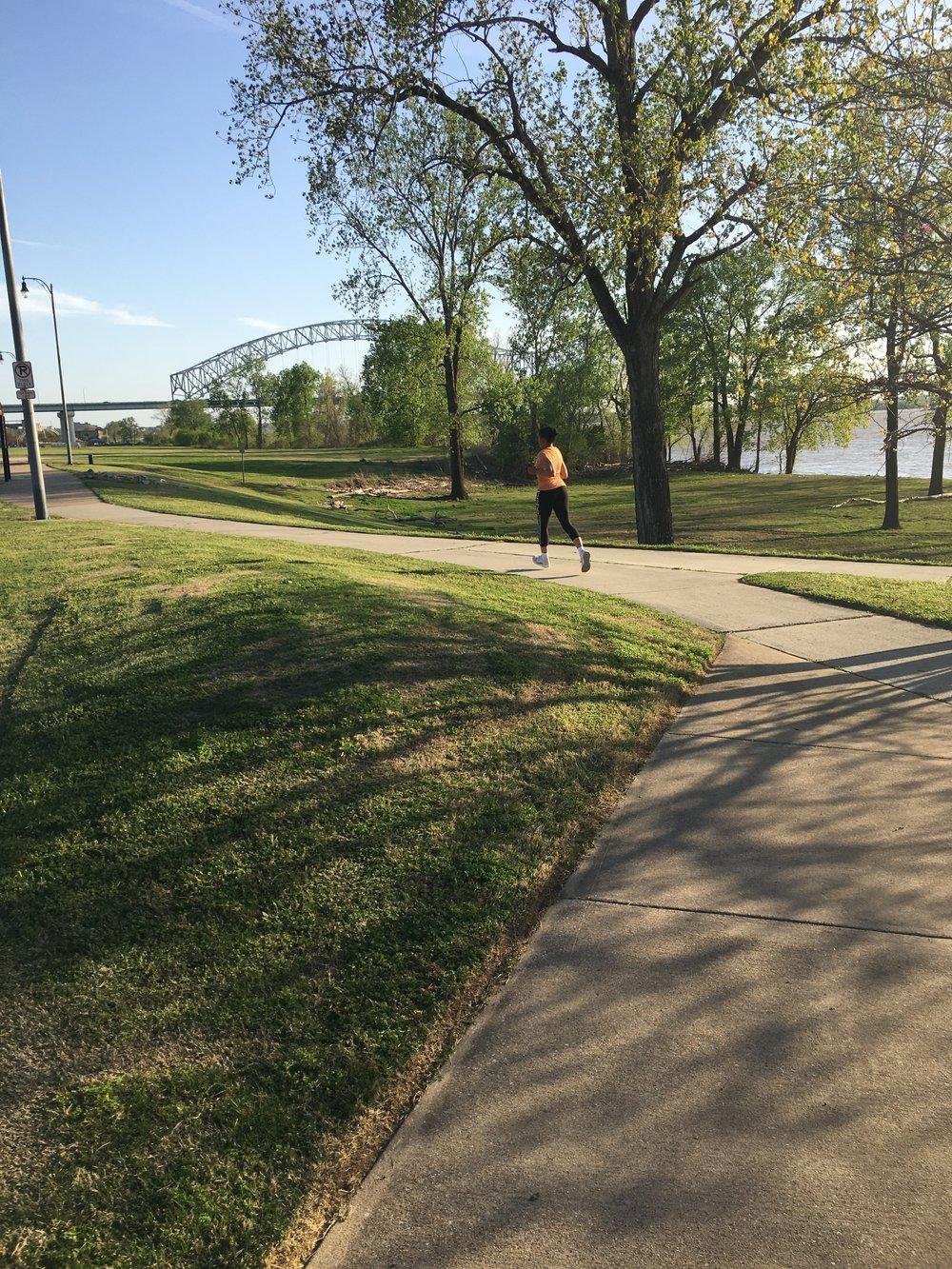 Andrea Fenise Memphis Fashion Blogger shares #40before40 Run A Full Marathon Goal