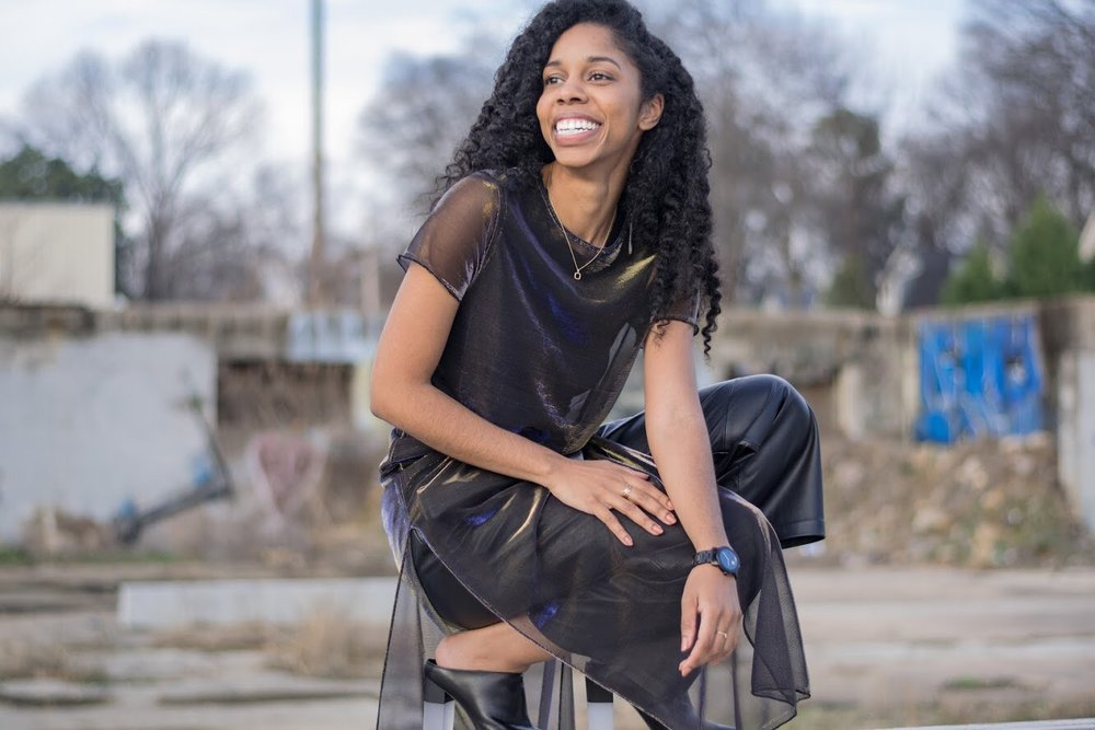 Andrea Fenise Memphis Fashion Blogger features Coresa Hogan for Working Woman feature